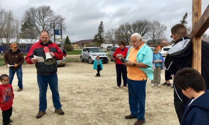 The beginning of the walk, with Pastor Jack Moore leading the prayers.