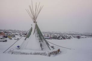 standingrock-winter